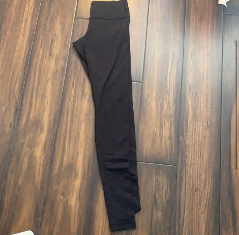 Lululemon black leggings!!