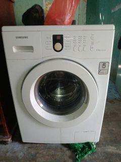 Mesin cuci Samsung WF8650NHW
