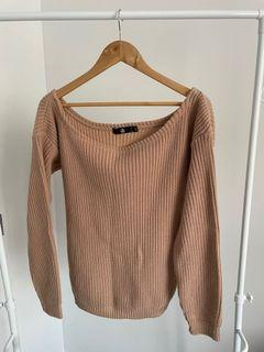 Missguided Offshoulder Knit - Size S/M