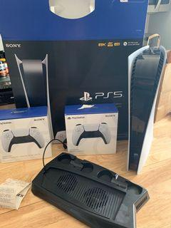 PlayStation 5 + 2 controllers + USB charging/cooling
