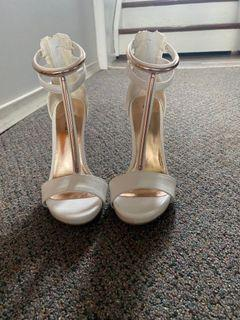 Guess white and rose gold heels