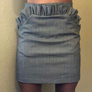 HnM rok ruffle skirt