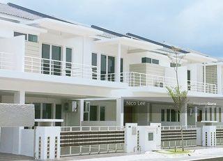 Below Market Value Superlink House 24x80 Freehold
