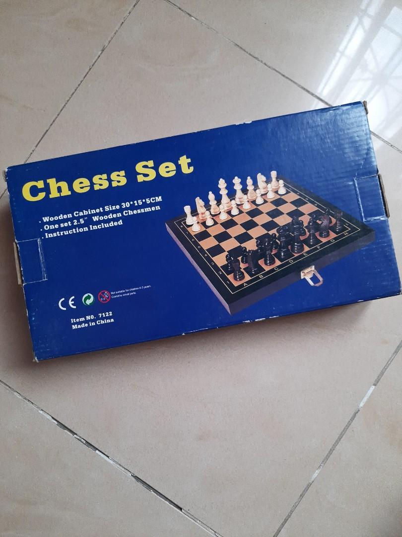 CHESS SET (PAPAN CATUR)