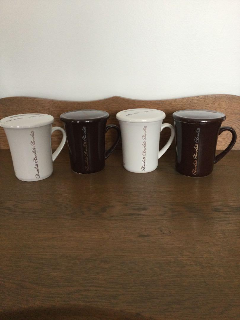 Godiva Ceramic cocoa and tea mugs with lid.  New.
