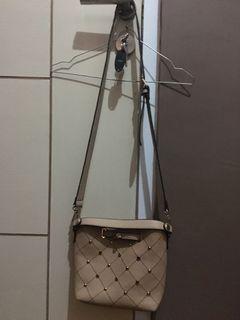 Sling Bag Elizabeth Pearl Cream