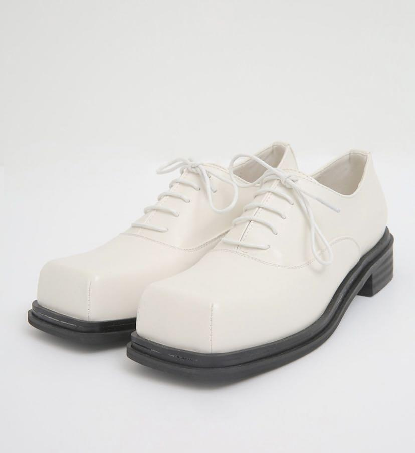 Square toe Oxford size 6 (230)