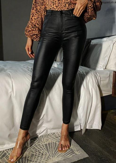 BNIB leather pants with pockets!