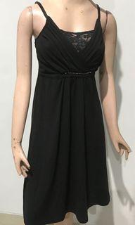 Dress hitam simple tank top bahan adem