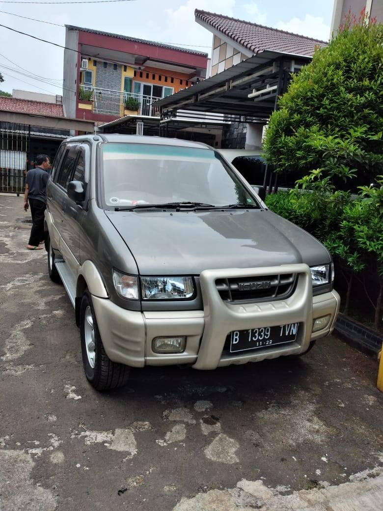 Isuzu Panther Touring 2002 Manual istimewa