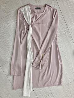 Olloum Long Top in Pink and White