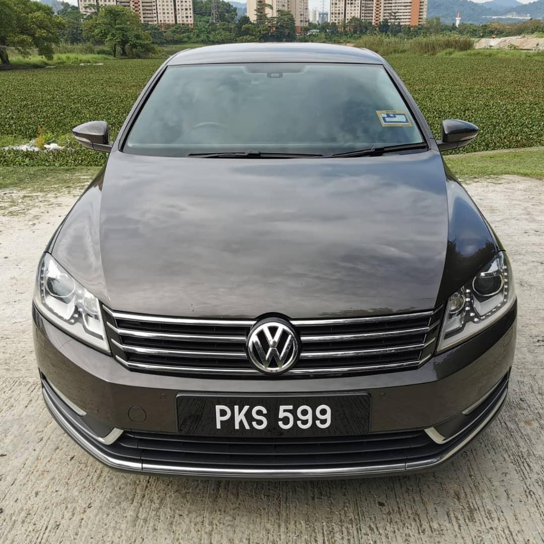 Volkswagen Passat 1.8(A) (2012/2013)