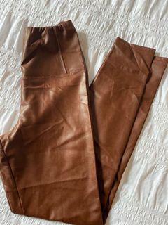 Wilfred Free Daria leggings