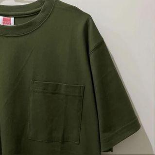 墨綠色短袖口袋上衣