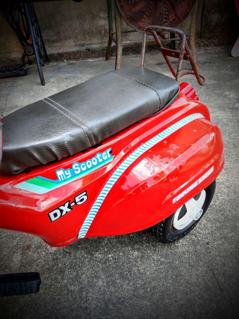 整理倉庫期間  早期小獅王鐵皮車~可騎乘  售~3000  運費250
