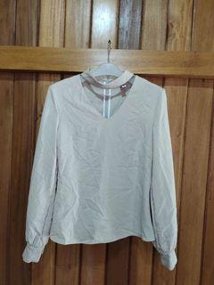 Blouses lucu size XS to S kecil