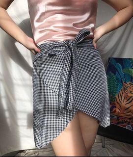 Gingham Ribbon Tie Mini Skirt