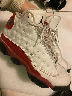 Jordan 13 (size 6Y)