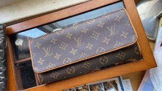 日本二手正品LV Louis Vuitton 老花長形包 櫃姐包 斜背包 信封包 廢包 路易威登