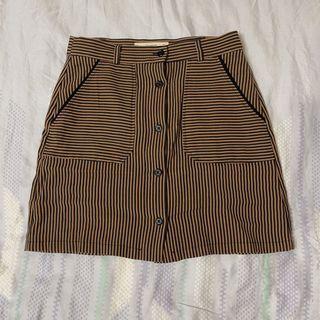 Mango 咖啡色格紋短裙