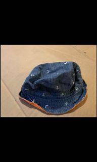 Reversible hat for kids