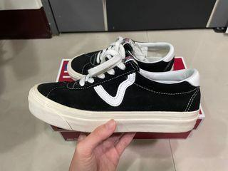 Vans style 73 DX Black