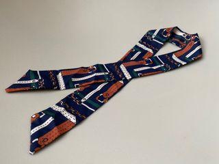 單條絲巾帶