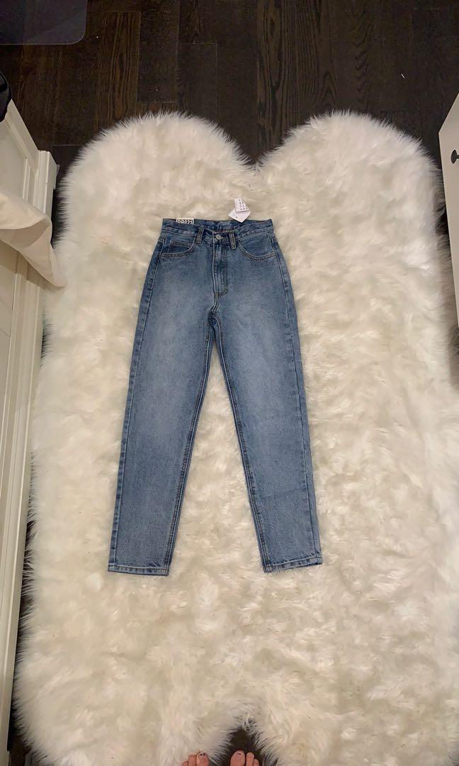 Brand New Brandy Melville Mom Jeans - With Tags!