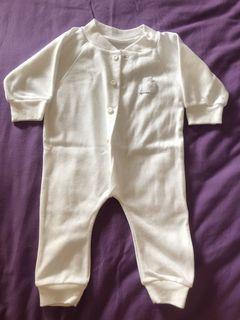 [PRELOVED] jumper sleepsuit bayi 0-3 months aneka merek