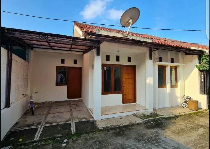 Rumah minimalis di Bambu apus Jakarta timur Cash only