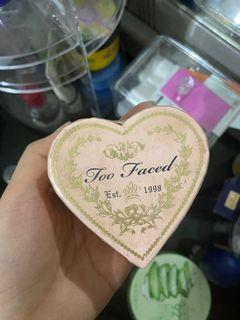Too faced blush on