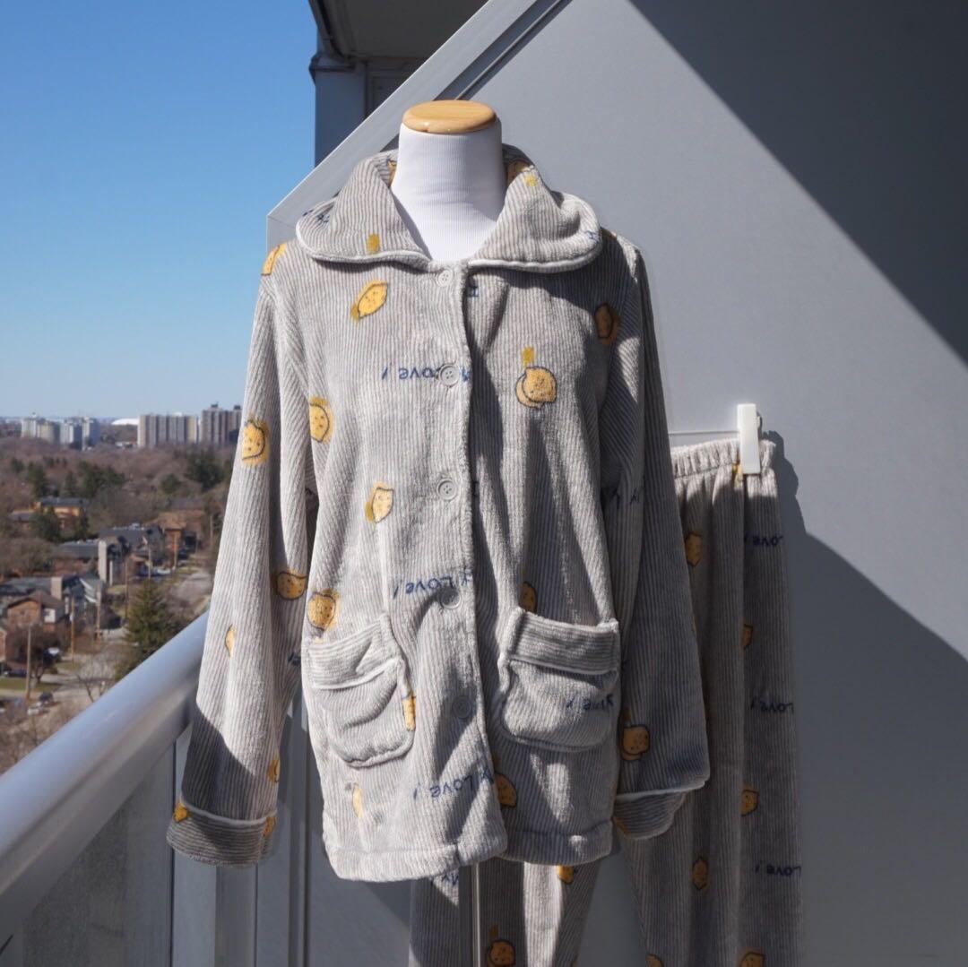 EUC🌿 Fluffy Fleece Winter Pajama Set in Grey
