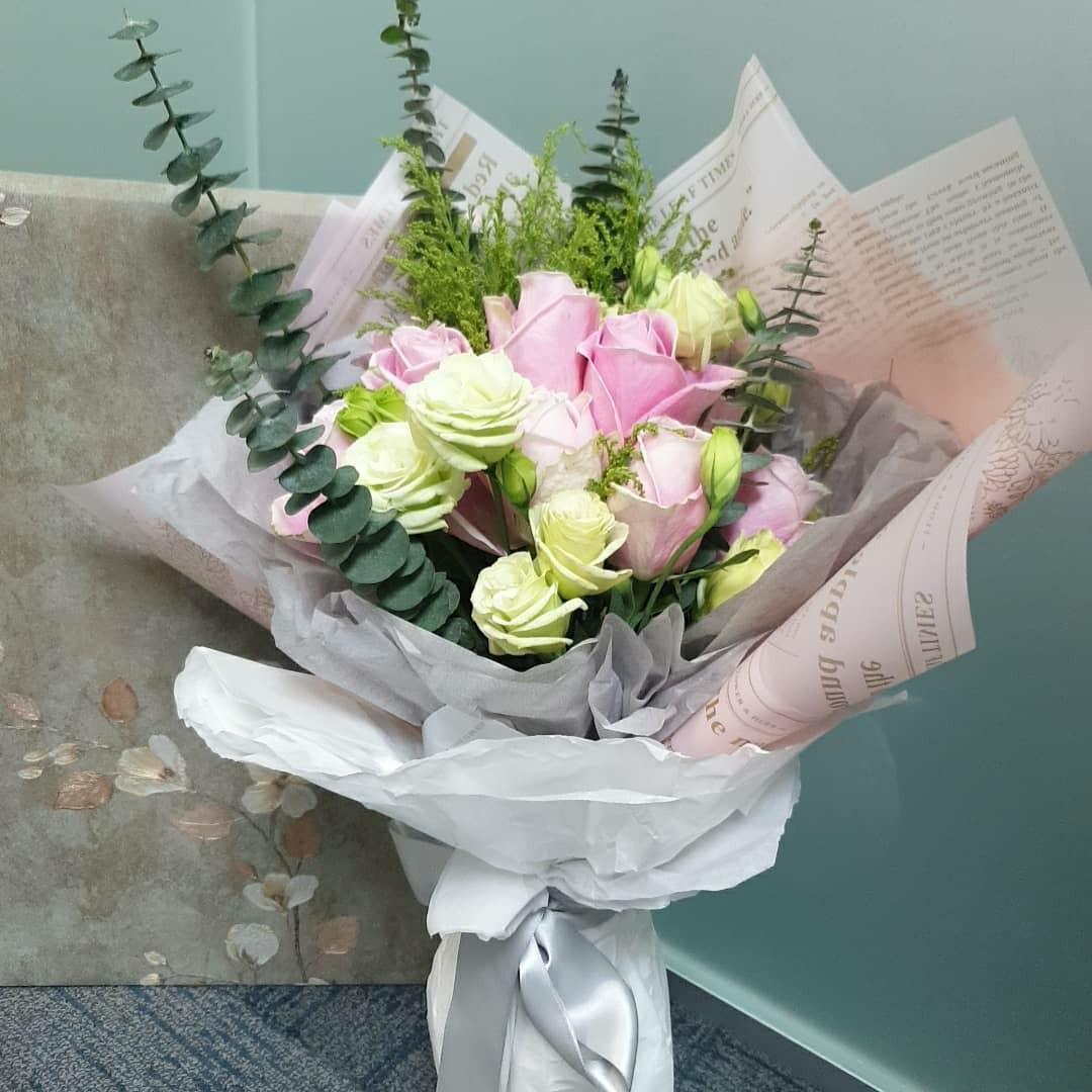 Flower Bouquet (fresh flowers)