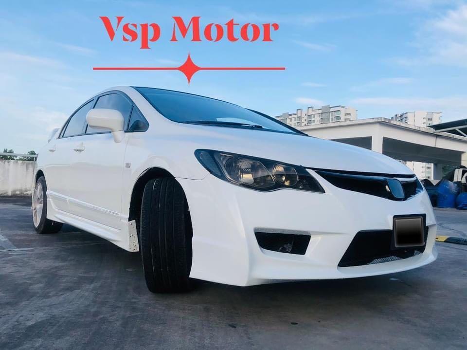 Honda Civic 1.8 auto- fd white