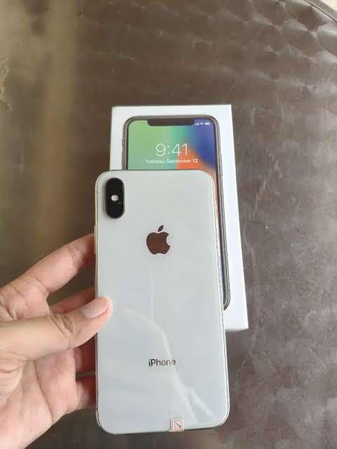 Jual cepat iphone x 64gb