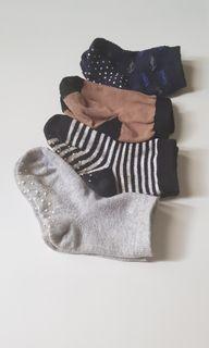 Kaos kaki bayi anak uniqlo (take all)