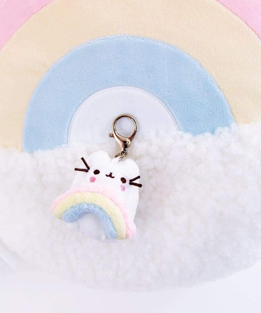 LOOKING FOR: series 13 white pusheen