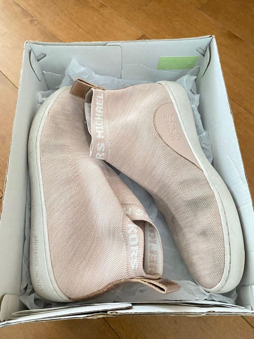 Michael Kors Pink shoe size 7