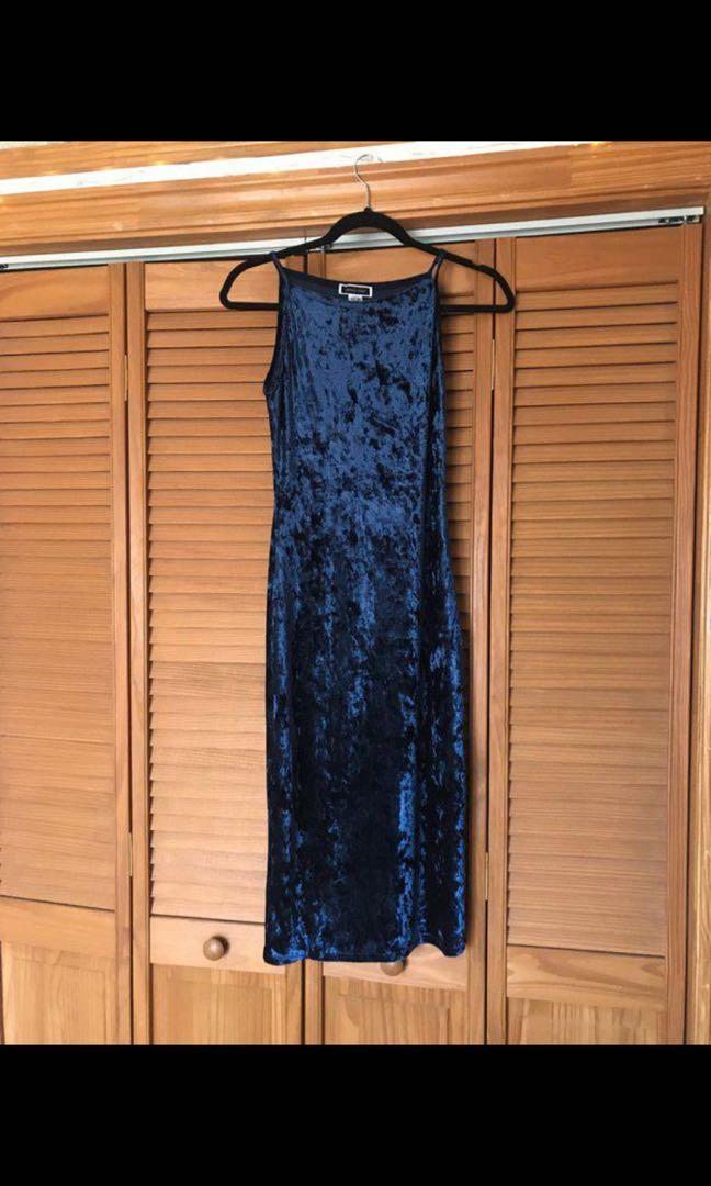 Vintage royal blue velvet midi dress