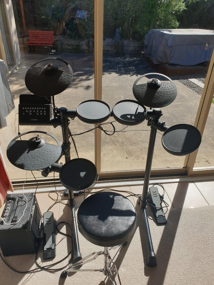 Yamaha DTX - Electric Drum Set
