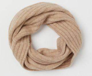 Brand new with tags H&M scarf