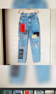 Dicari mom jeans bershka size 34/36