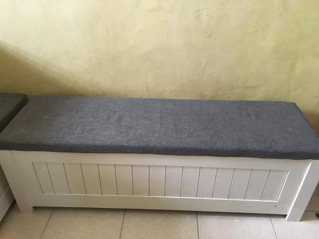 Jual 2 bangku sofa panjang + 2 meja murah