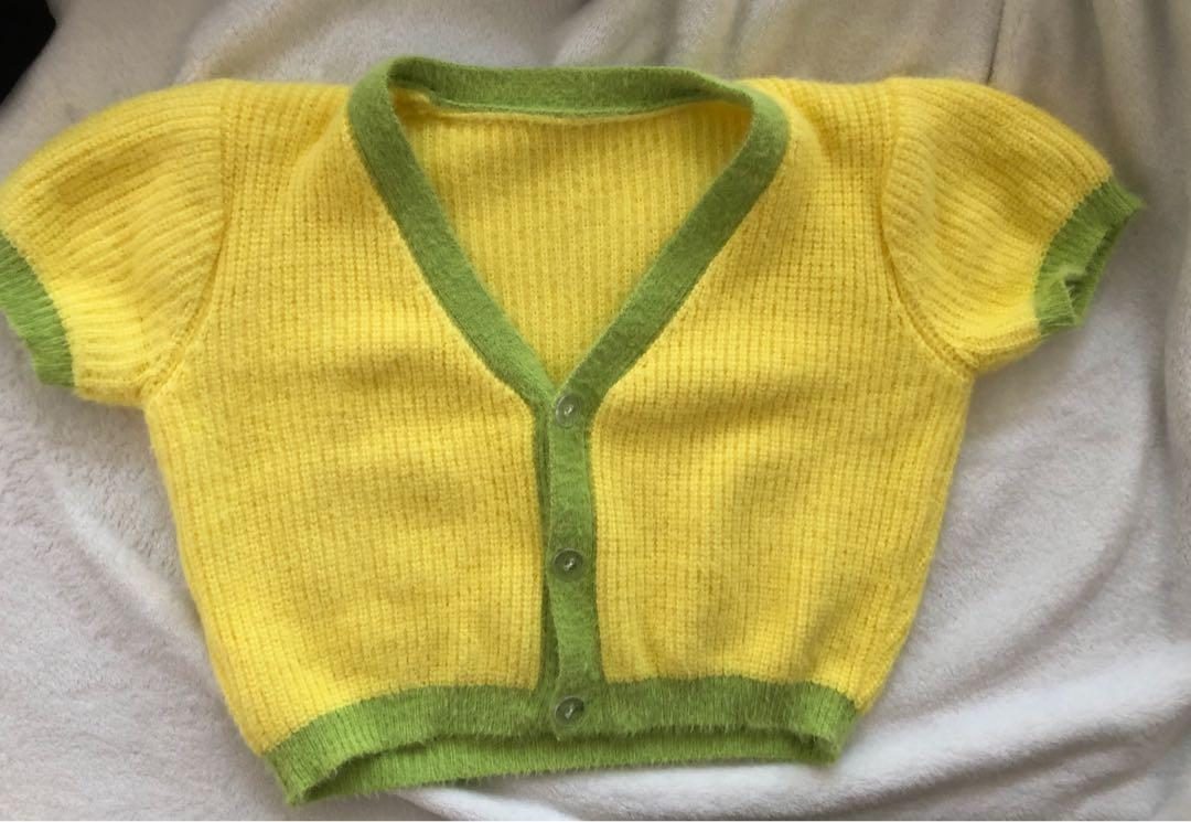 knitted crop top!