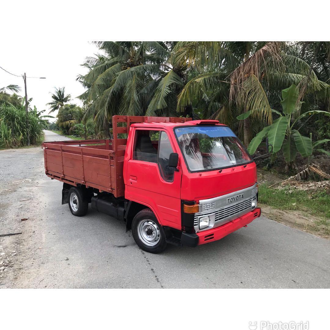 Toyota Dyna Diesel Cargo 1 Ton