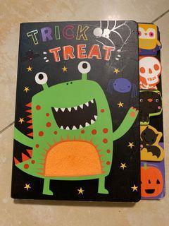 Trick treat 寶寶英文硬體觸覺書