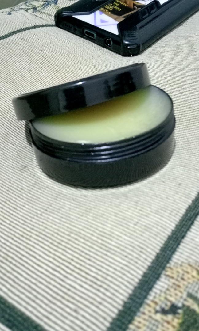 Wax anti karat Golok pisau