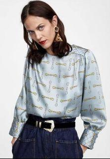 Zara 鎖鍊印花壓菱格上衣