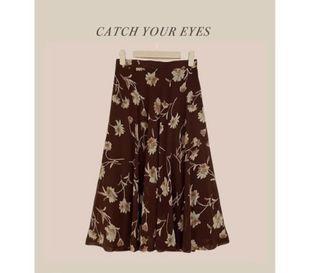 日本製古著花花裙 碎花裙 復古 長裙 中長裙 傘裙 #LoveIsLove