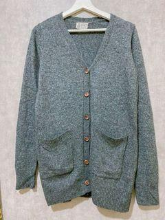 Grey wool knit outer